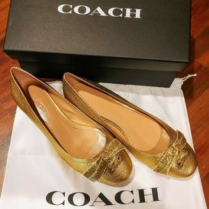 Coach Lia Bow Block Heel Pump - Size 9.5